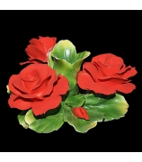 Фарфоровая фигурка-подсвечник «Три розы»