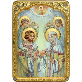 Живописная икона размером 29х42 см «Петр и Феврония Муромские» в киоте, производство Россия
