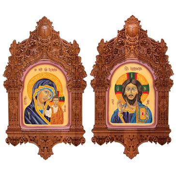 Рукописные иконы – венчальная пара «Казанская Божия Матерь» и  «Господь Вседержитель», иконы в резных киотах
