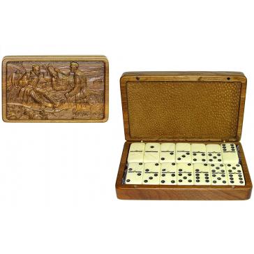 Домино «Охотники на привале» в деревянной шкатулке
