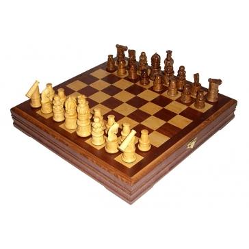 Игровой набор: шахматы + шашки
