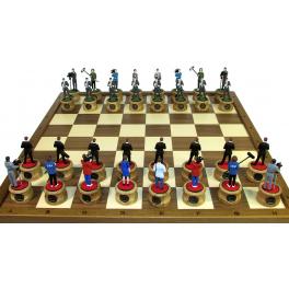 Оригинальные шахматы «Информационные войны»