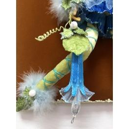 Коллекционная новогодняя кукла «Цветочный эльф» в подарочной коробке