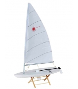 Модель яхты «LASER»