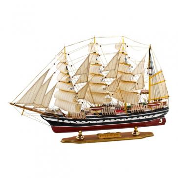 Модель корабля «Крузенштерн»
