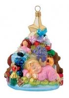 Елочная игрушка «Малышка и елочка с подарками»