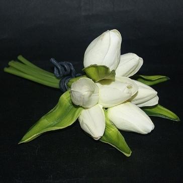 Декоративный букет из 7-ми цветов