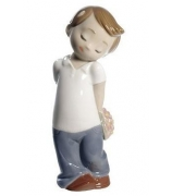 Фарфоровая статуэтка «Любовь это...он»
