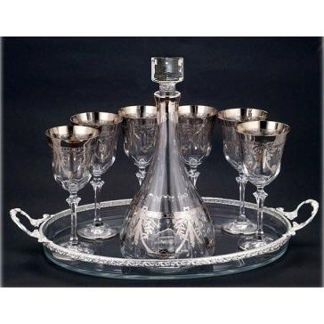 Хрустальный набор для вина: поднос, графин, 6 фужеров.