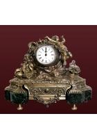 Бронзовые часы «Вселенная»