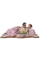 Фарфоровая статуэтка «Мама с дочкой»