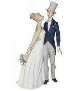Фарфоровая статуэтка «Свадебная пара»