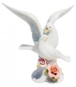 Фарфоровая статуэтка «Пара голубей»