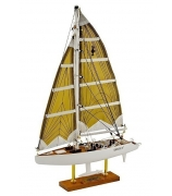 Модель яхты «America 3»