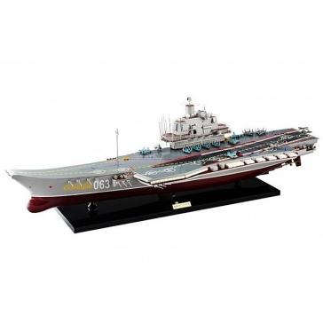 Модель корабля авианосец «Адмирал Кузнецов»
