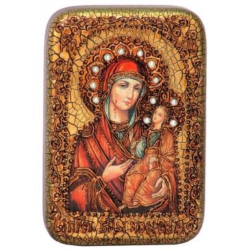 Иверская икона Божией Матери, в деревянной шкатулке