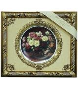 Панно с тарелкой «Корзина с розами»