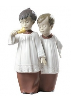 Фарфоровая статуэтка «Хор мальчиков»