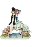Фарфоровая статуэтка «Влюбленная пара на мосту»