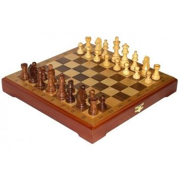 Шахматы классические деревянные. Доска 32х32 см