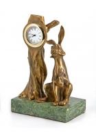 Бронзовые часы «Заяц»