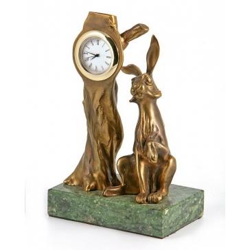 Часы из бронзы «Заяц»