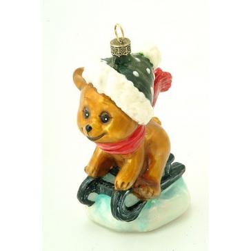 Стеклянная ёлочная игрушка «Мишка на санках»