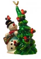 Елочная игрушка «Снеговик с елкой»