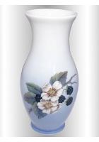 Фарфоровая ваза «Ежевика»