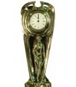 Бронзовые часы «Купальщица»