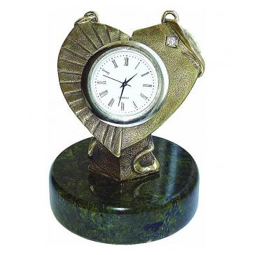 Часы из бронзы «Счастливые минуты»