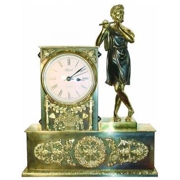 Бронзовые часы «Мальчик с флейтой»