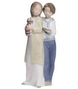 Фарфоровая статуэтка «Совместное чтение»