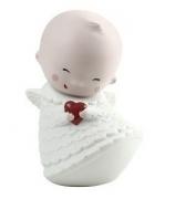 Фарфоровая статуэтка «Маленький ангелочек с сердцем»