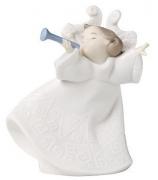 Фарфоровая статуэтка «Ангелочек, играющий на трубе»