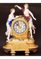 Настольные часы «Две девушки»