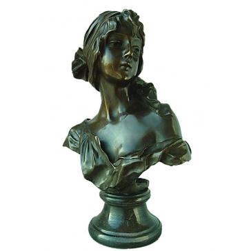 Бронзовая статуэтка «Очарование юности»