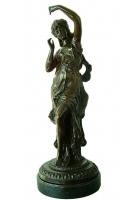 Бронзовая статуэтка «Французская девушка»