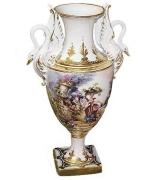 Фарфоровая ваза для цветов