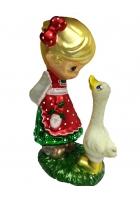 Ёлочная игрушка «Девочка и гусенок»