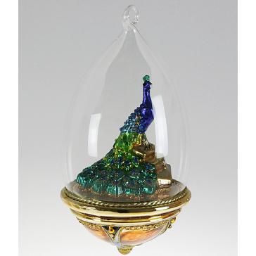 Стеклянная ёлочная игрушка-глоба ручной работы «Павлин»
