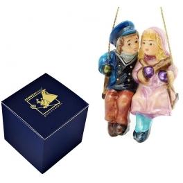 Елочная игрушка из стекла «Пара на качелях», с художественной росписью