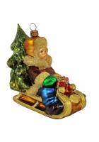 Елочная игрушка «Мальчик в санях»