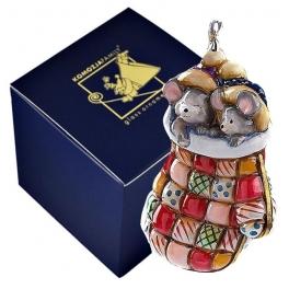 Елочная игрушка «Мышки в рукавичке», Польша, Komozja Family, символ года 2020
