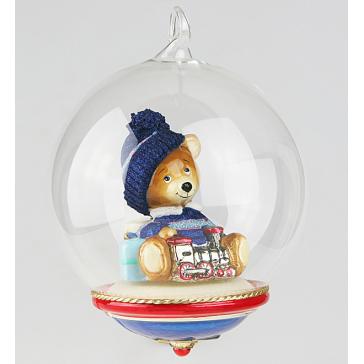 Стеклянная ёлочная игрушка-глоба ручной работы «Мишка с паровозиком», производство Польша