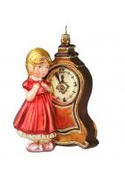 Елочная игрушка «Девочка с часами»
