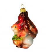 Ёлочная игрушка «Белка с орехом»