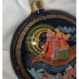 Коллекционное ёлочное украшение шар-диск «Ковер-самолет», с.Палех.