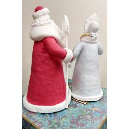Набор подстановочных ватных кукол Дед Мороза и Снегурочки под елку в подарочной коробке.