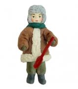 Елочная игрушка «Мальчик с лопаткой»